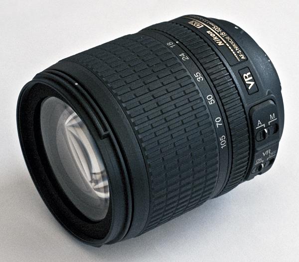 NIKON AF-S DX NIKKOR 18-105mm 1:3,5-5,6G ED VR